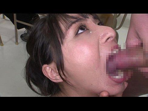 【新井エリー】授業中の教室で美人女教師に、精子をお口で絞り採られてしまう!!【エロ動画】