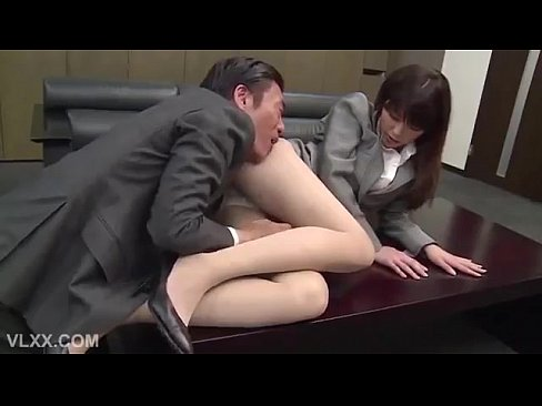 (百合川さら)この強気な社内レディーオネエさん、痴ジョっす☆☆ストッキングもSEXもたまらんっす☆☆(えろムービー)