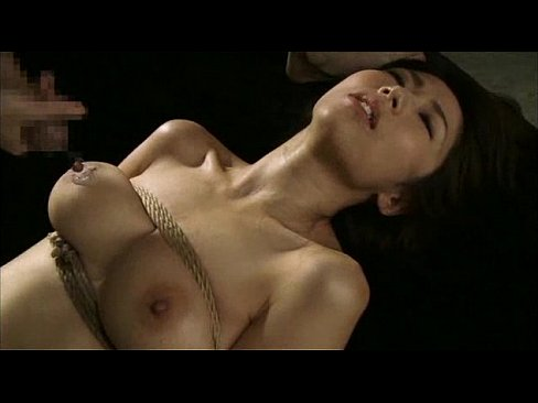 縄 で 拘 束 し た 淫 乱 妻 を ハ メ 倒 す【エロ動画】