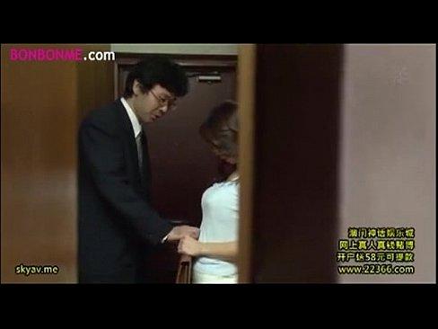 人妻妻がねっとりKISSに困りながらもえろスイッチが入っちゃう・・・っ☆☆(えろムービー)