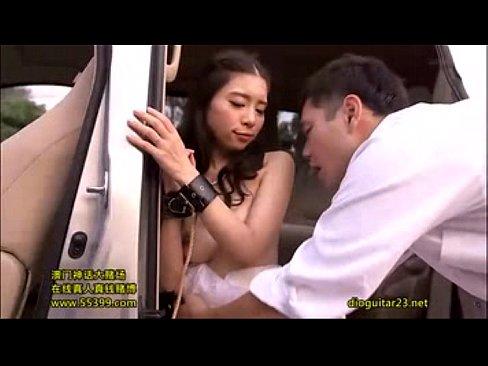 ドレスでコスプレの今井美鈴と、車の物陰でフェラチオプレイ☆☆(えろムービー)