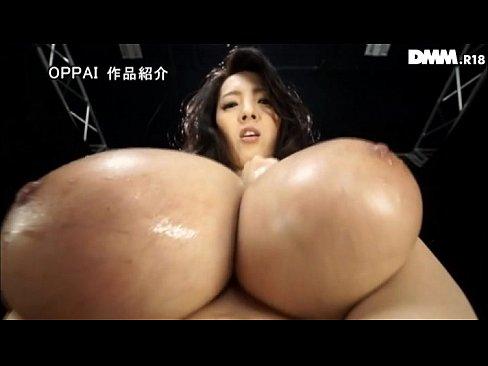 爆乳おっぱいメインの主観撮りで痴女りまくる女!!【エロ動画】