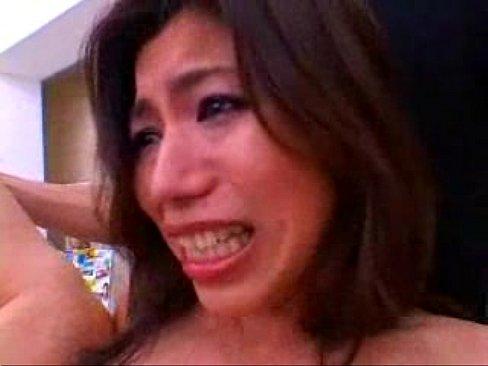 【松浦ユキ】Gカップ巨乳女がコンビニで3Pで絶叫ハメ撮りやってます【エロ動画】