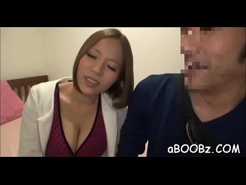 ロケット乳のGALモデル、西條るりのマッサージプレイ☆☆(えろムービー)