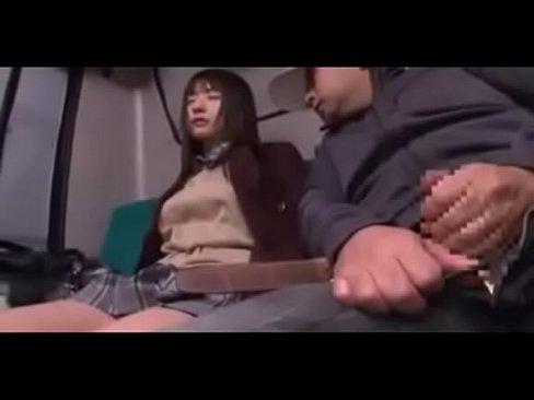 つぼみの顔射レズ集団潮吹き痴漢エロ動画。【エロ動画】