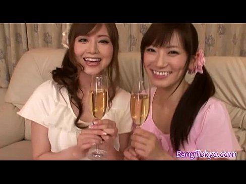 (吉沢明歩)えろ過ぎ美しい乳で美巨乳な姉イモウトがサンピーファックで鬼責めでござる(えろムービー)