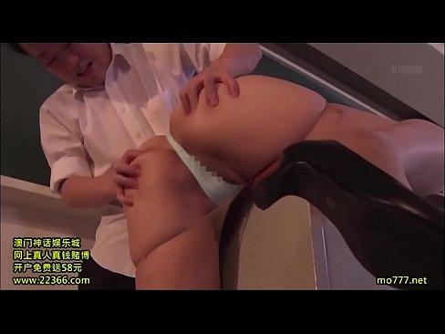 (強姦ナカ出し)細身小さい乳モデルストッキング教師が避妊具着けて貰えず犯され膣内奥種付けナカ出し射精される – 1(えろムービー)