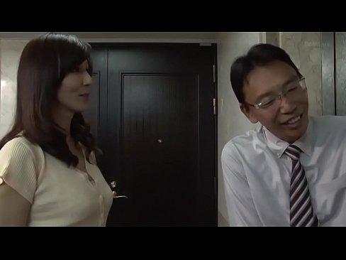(G行為)ロケット乳のヒトヅマのG行為のぞきプレイがえろい☆☆☆(javynow) – 1(えろムービー)
