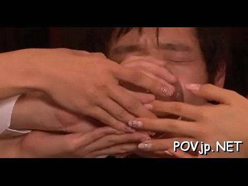 同窓会で酒で潰して襲っちゃう♡(ほしのみゆ 二宮沙樹) – 1(えろムービー)