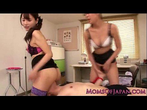 逆強姦ビデオ。俺氏、会社の給湯室でOLに逆強姦される【レイプ】 – 1【エロ動画】